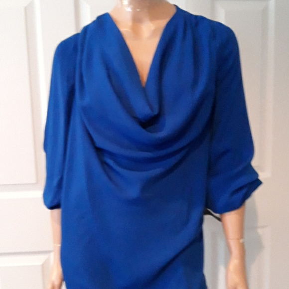 3/$25 Blue Pullover Lightweight Blouse Size 2X